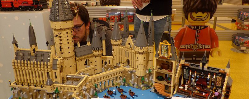 LEGO Harry Potter 71043 Hogwarts Castle Preview Featured 800x320