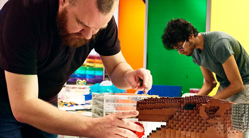 LEGO MASTERS Featured 1 800 445