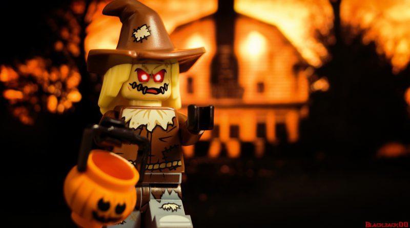 LEGO Scarecrow Halloween