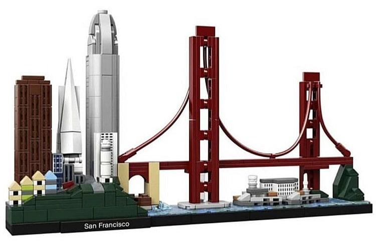 LEGO Architecture 21043 San Francisco 2