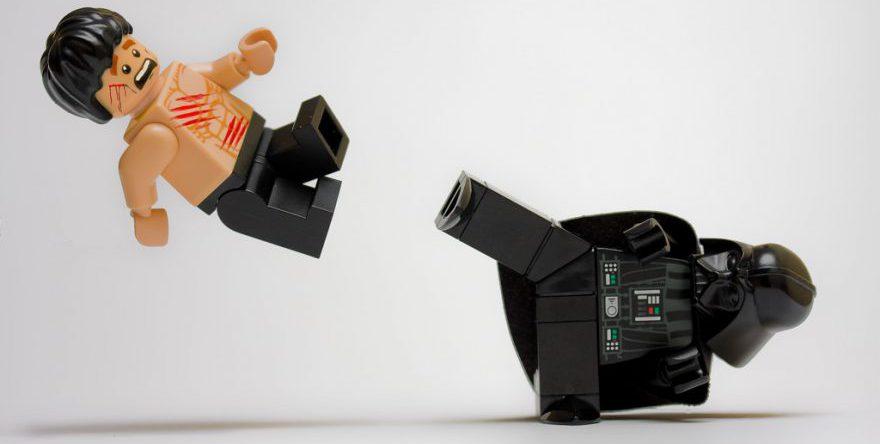 LEGO Bruce Lee Darth E1543274053129