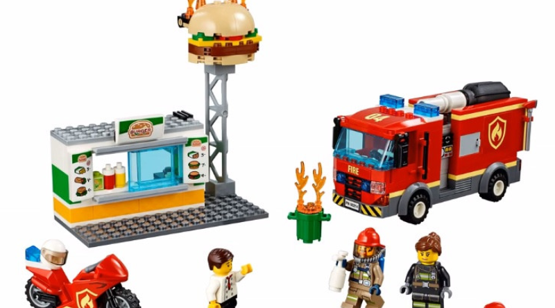 LEGO City 60214 Burger Bar Fire Rescue Featured 800 445 800x444