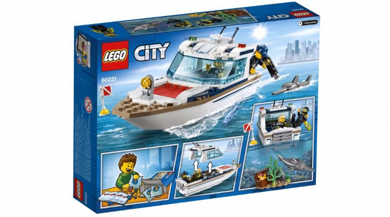 LEGO City 60221 Diving Yacht 2 800x445