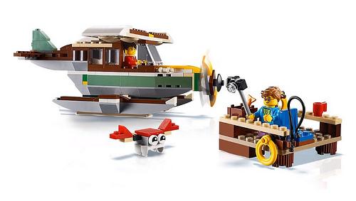 LEGO Creator 31093 Riverside Houseboat 4
