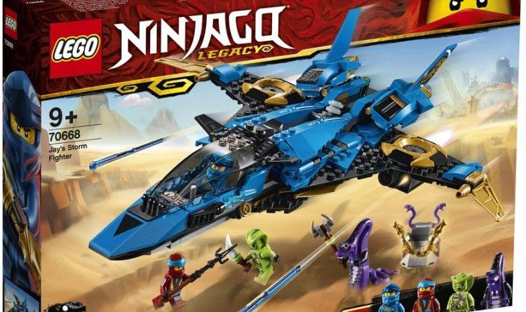 LEGO NINJAGO Legacy 70668 Jays Storm Fighter 3 750x445