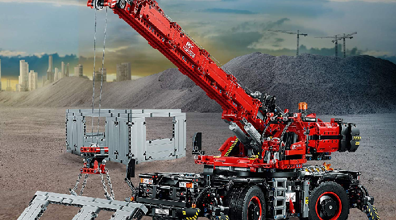LEGO Technic 42082 Rough Terrain Crane Featured 800 445