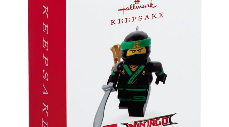 Hallmark The LEGO NINJAGO Movie LLoyd Ornament 2 800x445