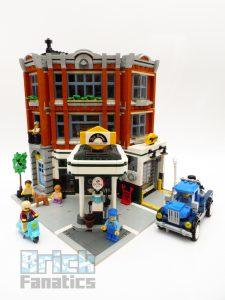 LEGO Creator Expert 10264 Corner Garage 1 1 225x300