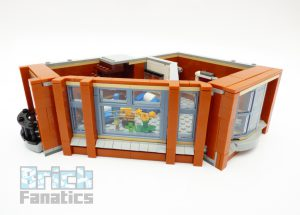 LEGO Creator Expert 10264 Corner Garage 10 1 300x215