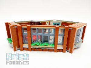 LEGO Creator Expert 10264 Corner Garage 12 1 300x225