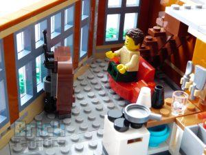 LEGO Creator Expert 10264 Corner Garage 19 1 300x225