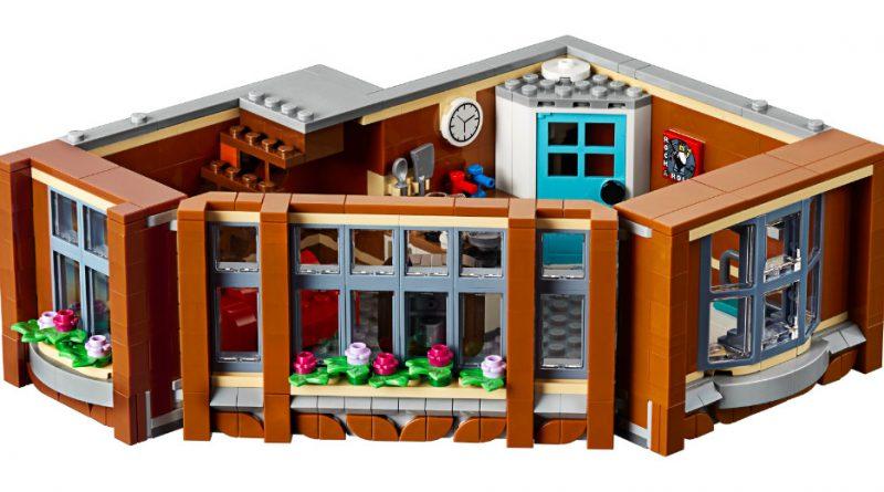 LEGO Creator Expert 10264 Corner Garage 19 800x445