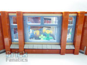 LEGO Creator Expert 10264 Corner Garage 22 1 300x225