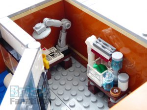 LEGO Creator Expert 10264 Corner Garage 23 1 300x225