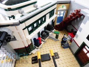 LEGO Creator Expert 10264 Corner Garage 28 1 300x225