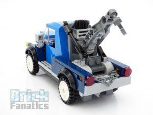 LEGO Creator Expert 10264 Corner Garage 34 1 300x225