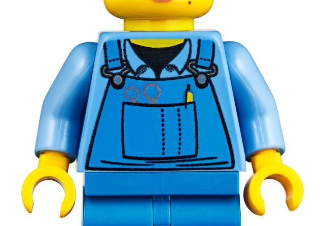 LEGO Creator Expert 10264 Corner Garage 35 641x445