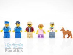 LEGO Creator Expert 10264 Corner Garage 36 1 300x225