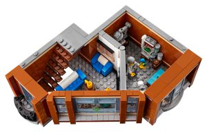 LEGO Creator Expert 10264 Corner Garage 41 300x192