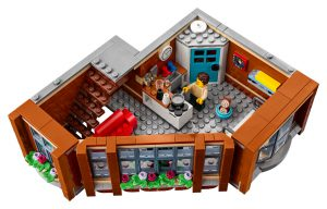 LEGO Creator Expert 10264 Corner Garage 42 300x192