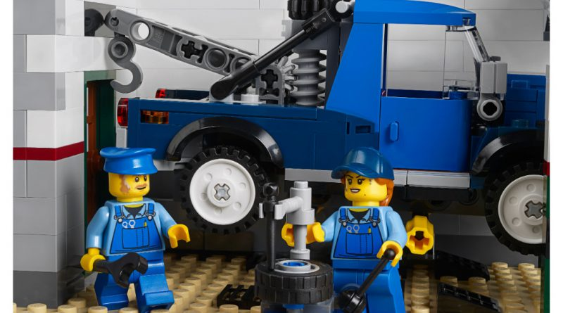 LEGO Creator Expert 10264 Corner Garage 46 800x445