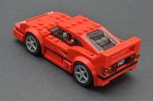 LEGO Speed Champions 75890 Ferrari F40 Competizione 3 300x199