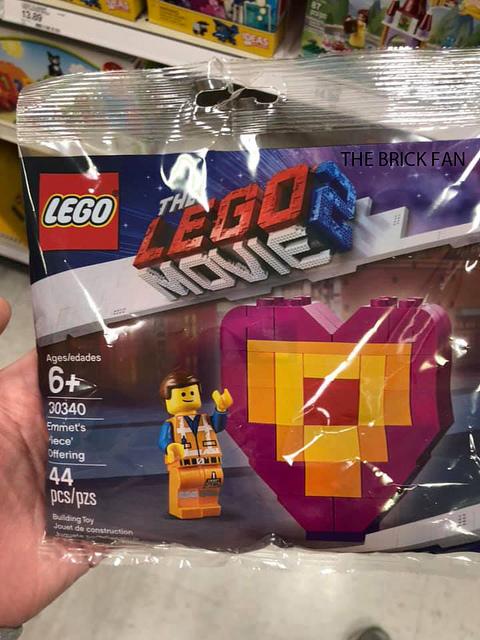 The LEGO Movie 2 30340 Emmets Piece Offerinh