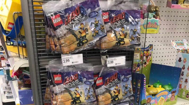 The LEGO Movie 2 30529 Mini Master Building Emmet Featured 800 445 800x445
