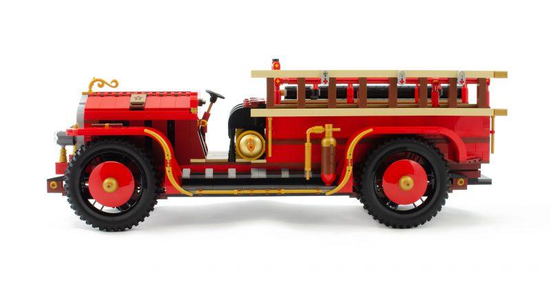 AFOL Designer Antique Fire Engine 800x445