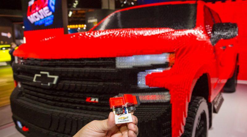 LEGO Chevy Silverado 15 800x445