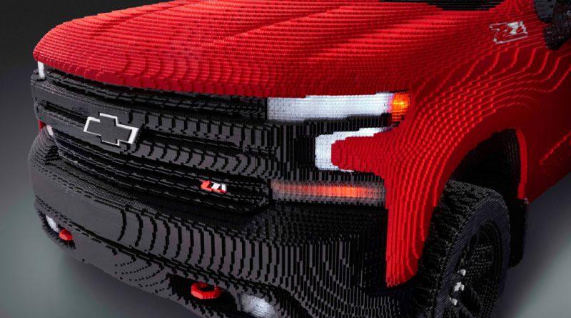 LEGO Chevy Silverado 4 800x445