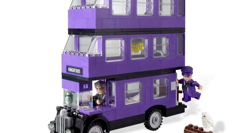 LEGO Harry Potter Knight Bus Featured 800 445