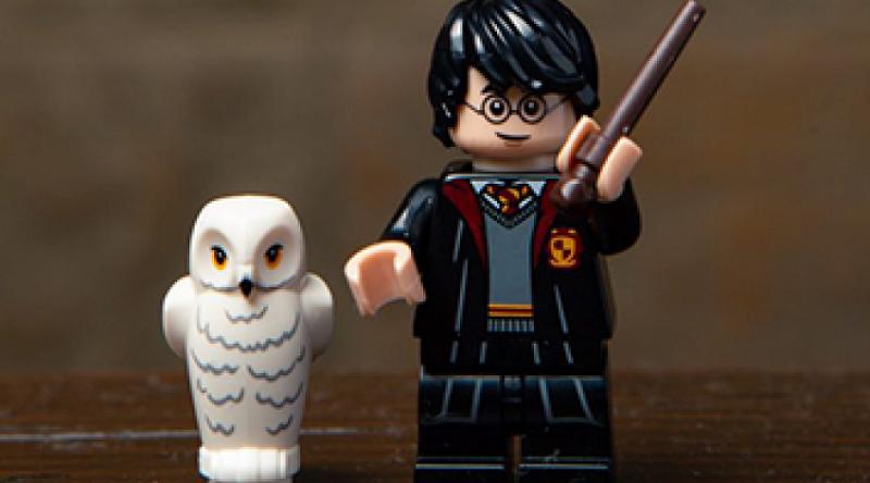 LEGO Harry Potter Minifigure Featured 800 445