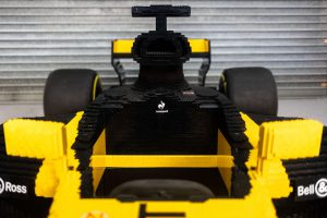 LEGO Renault 4 300x200