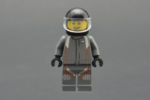 LEGO Speed Champions 75892 Mclaren Senna 6 300x199