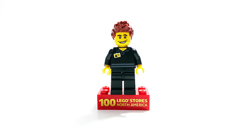 LEGO Store 100 Stores Minifigure 4
