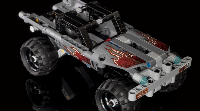 LEGO Technic 42090 Getaway Car Featured 800 445 800x445