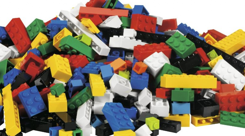 LEGO Bricks Featured 800 445 800x445