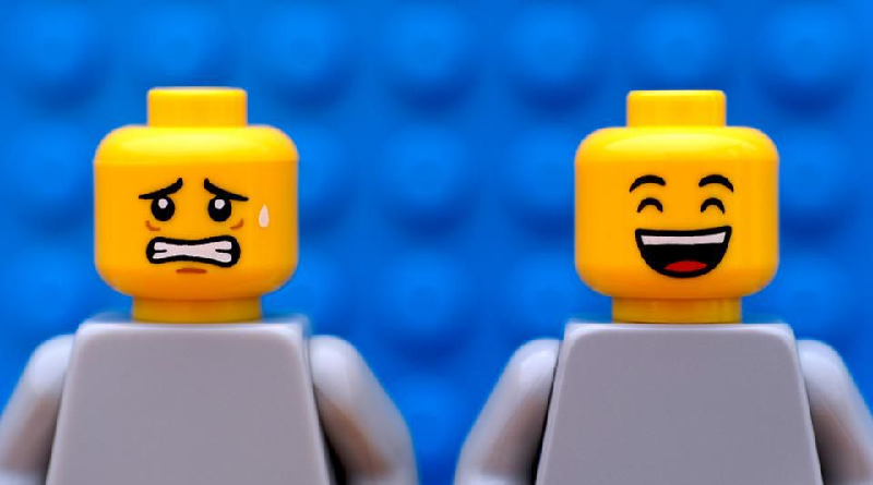 LEGO Minifigure Expressions Featured 800 445