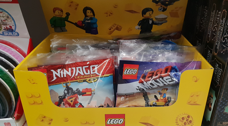 LEGO Polybags Asda Featured 800 445 800x443