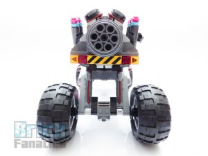 The LEGO Movie 2 70829 Emmet And Lucy Escape Buggy 12 300x225