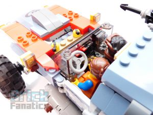 The LEGO Movie 2 70829 Emmet And Lucy Escape Buggy 18 300x225