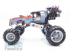 The LEGO Movie 2 70829 Emmet And Lucy Escape Buggy 9 300x225