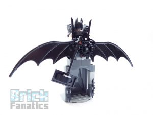 The LEGO Movie 2 70836 Battle Ready Batman Metalbeard 7 300x225