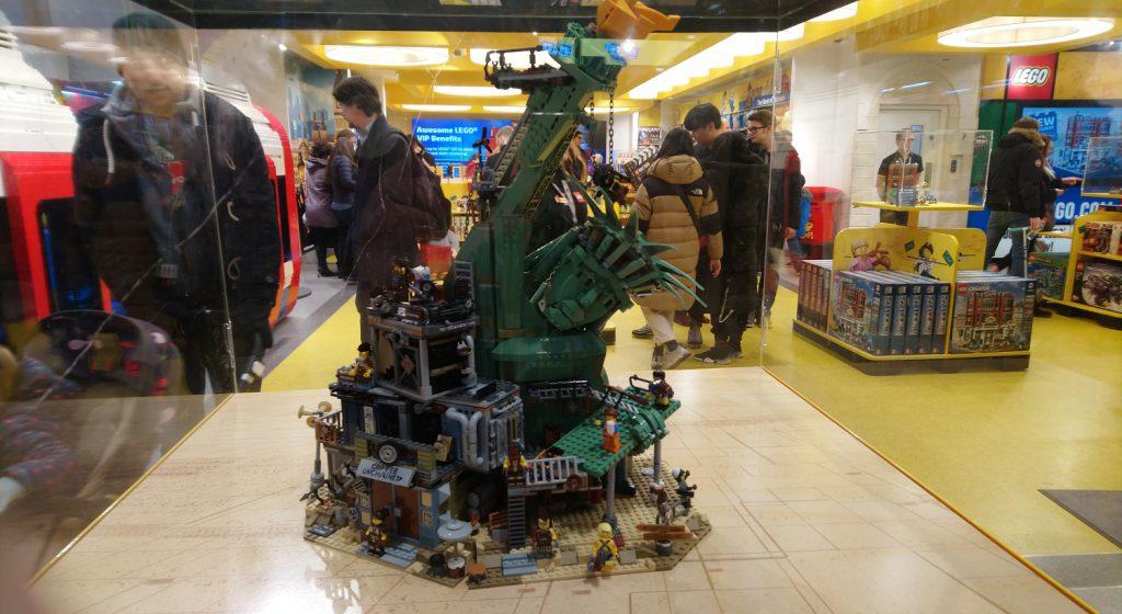 The LEGO Movie 2 70840 Welcome To Apocalypseburg Store 3 1024x560