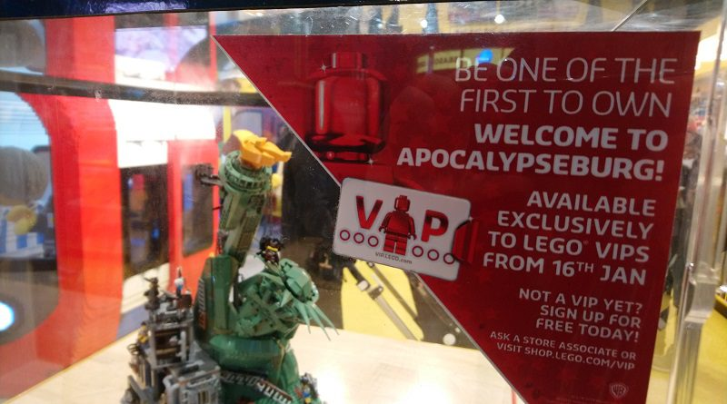 The LEGO Movie 2 70840 Welcome To Apocalypseburg Store Featured 800 445 800x445