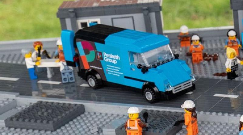 Big LEGO Brick Hospital Van