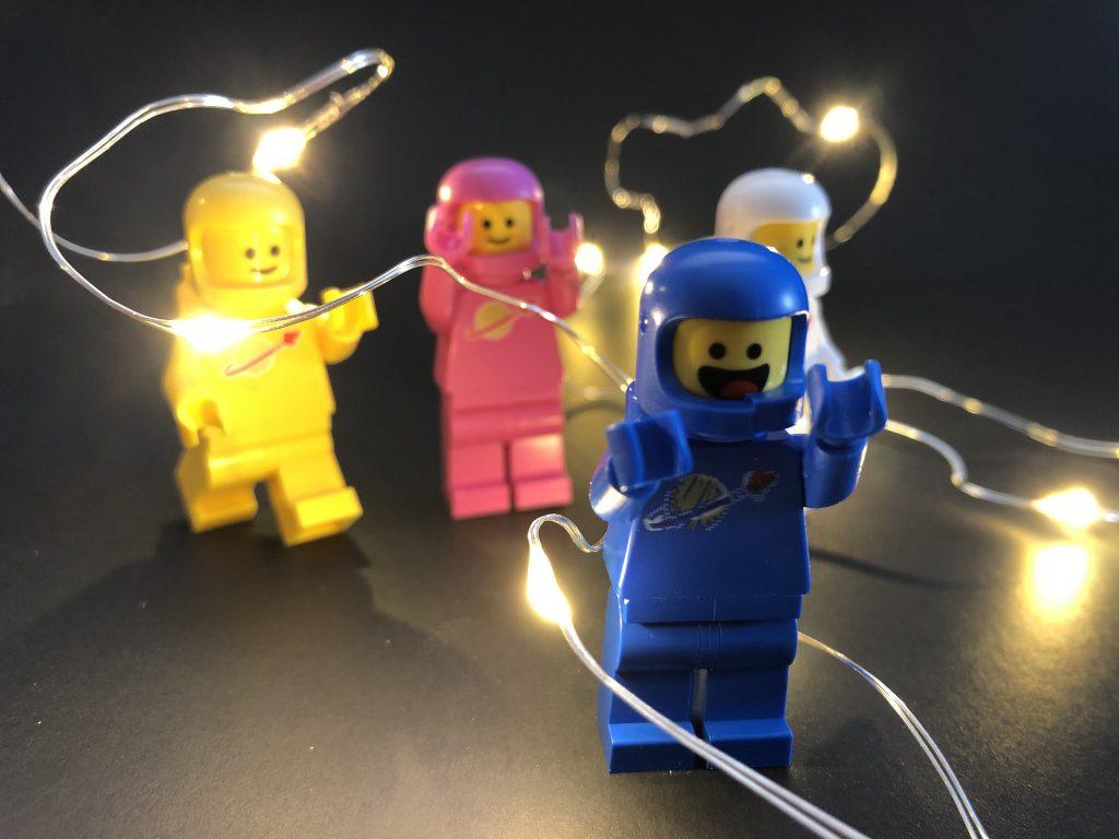 Brick Pic Space Lights 1024x768