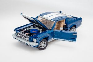LEGO Creator Expert 10256 Ford Mustang Review Pics 6 300x200