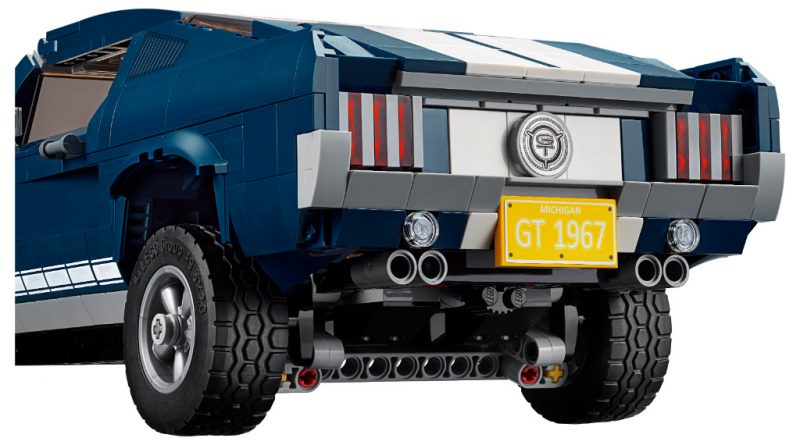 LEGO Creator Expert 10265 Ford Mustang 14 800x445